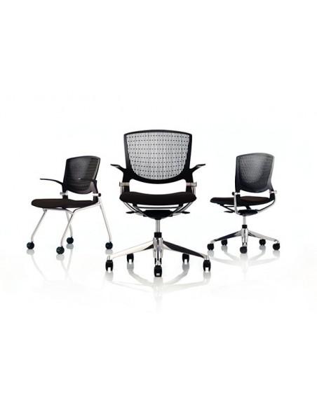 Кресло Okamura Grata для персонала с подлокотниками