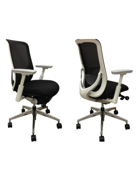 Кресло Zephyr Light Okamura эргономичное для персонала без подголовника
