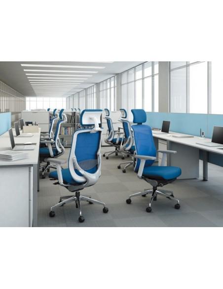 Кресло Okamura Zephyr Light эргономичное для персонала