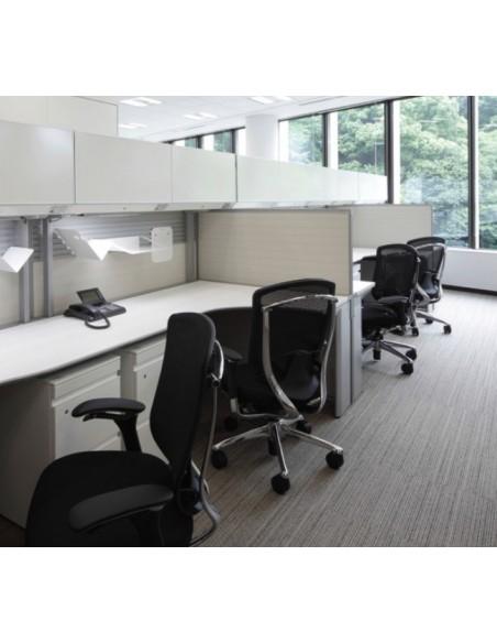 Кресло Okamura Contessa для руководителя, с колесиками для мягких покрытий, сетка