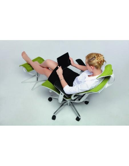 Кресло COMFORT SEATING MIRUS-IOO (IOO-WA-MDHAM) зеленое