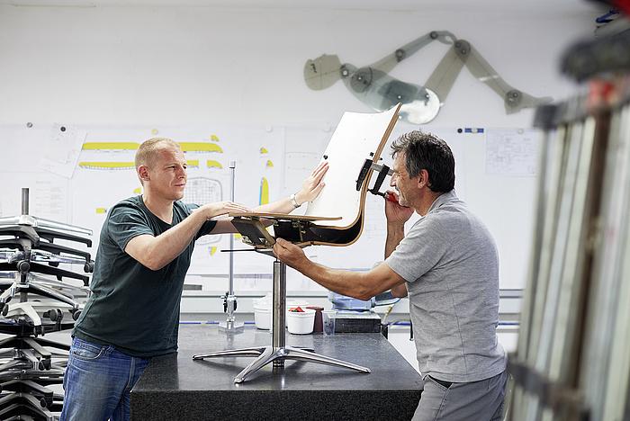 Как создают немецкие кресла Klober